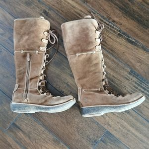 Timberland Tan Suede Lace Up Boots Size 5.5